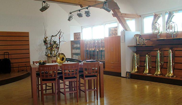 Musikinstrumente in Atting bei Straubing